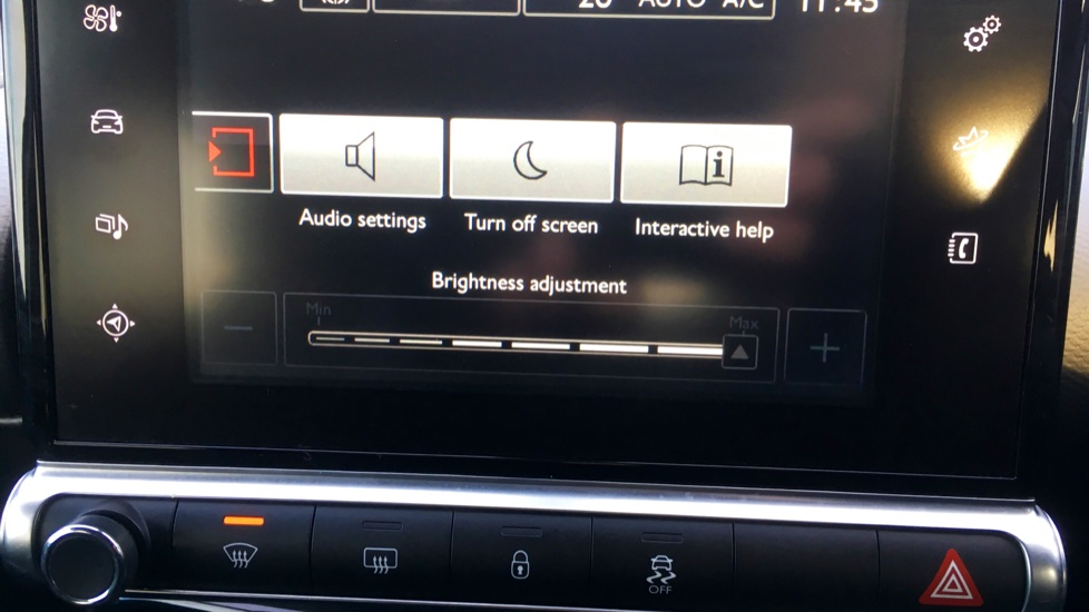 Citroen C4 Cactus 1.2 PureTech [110] Flair with Satellite Navigation, Cruise Control and Bluetooth image 17