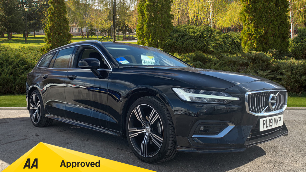 Volvo V60 2.0 D3 Inscription Pro 5dr with Intellisafe Pro Pack Diesel Estate (2019) image