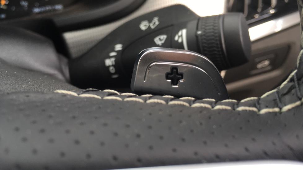 Volvo S90 2.0 D5 PowerPulse R DESIGN Pro AWD  - Driver Support, SAT NAV, DAB, BLIS image 16