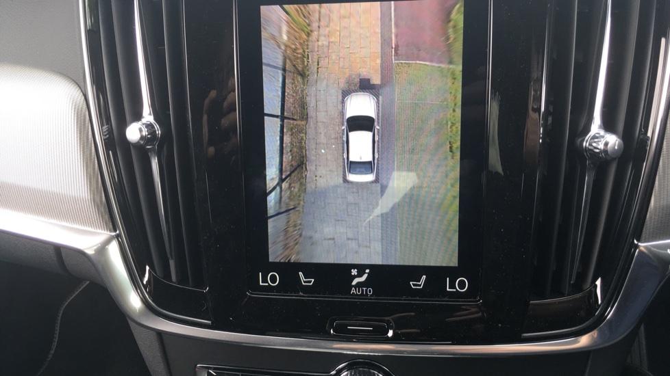 Volvo S90 2.0 D5 PowerPulse R DESIGN Pro AWD  - Driver Support, SAT NAV, DAB, BLIS image 19