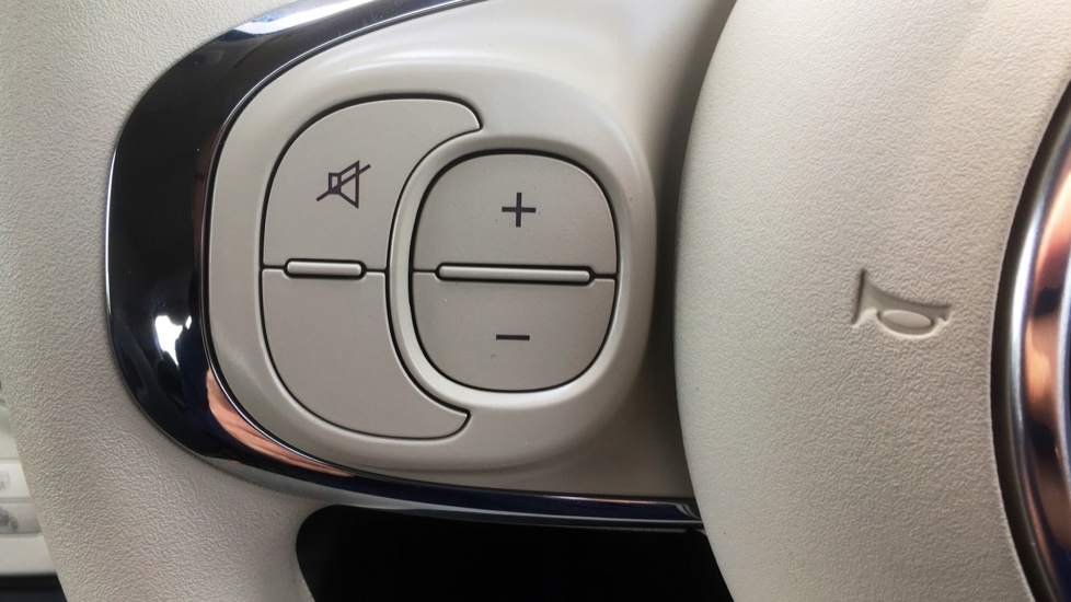 Fiat 500 1.2 Pop with LED Daytime Lights and Cruise Control image 9