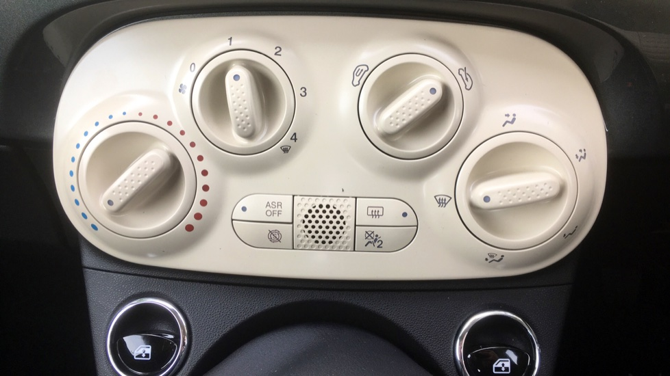 Fiat 500 1.2 Pop with LED Daytime Lights and Cruise Control image 14