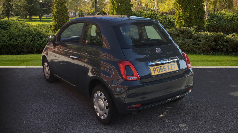 Fiat 500 1.2 Pop with Multi-function Steering Wheel and LED Daytime Lights image 2