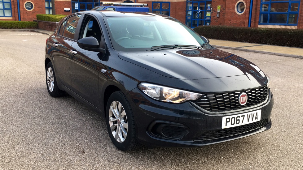 Fiat Tipo 1.4 Easy Ex-Demonstrator with Great Saving 5 door Hatchback (2017) image