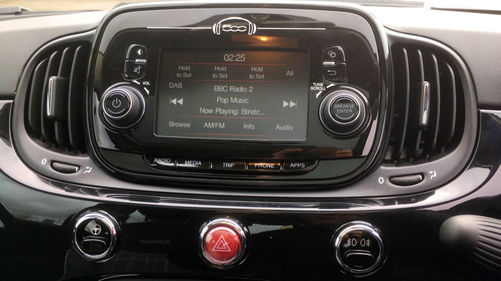 Fiat 500 1.2 Lounge with Rear park Assist, Active TFT Screen, USB Input image 14