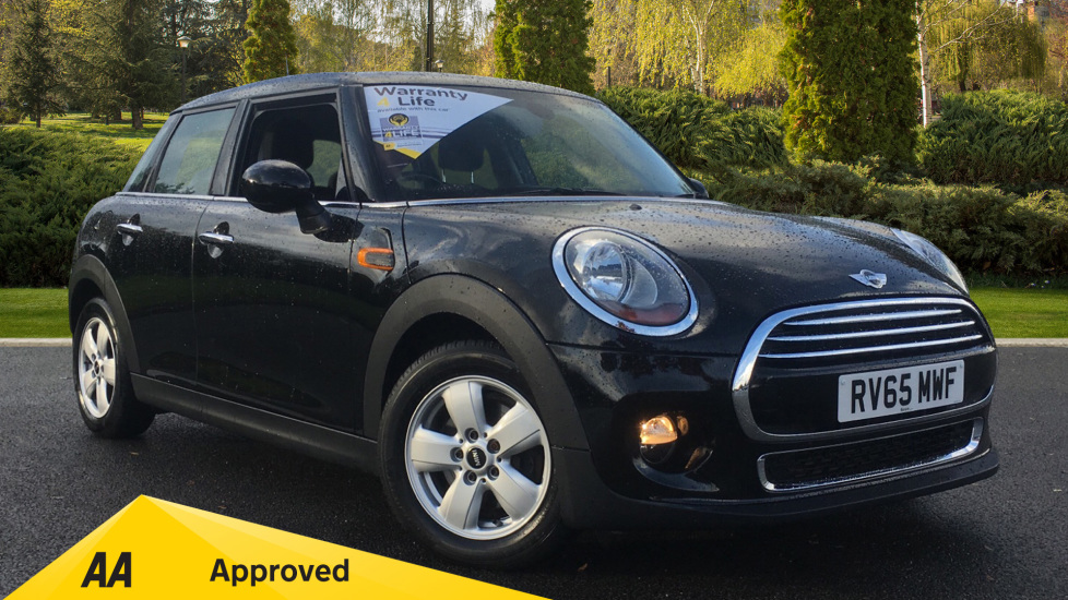 Mini Cooper 1.5 Cooper 5dr with PEPPER Pack Hatchback (2015)