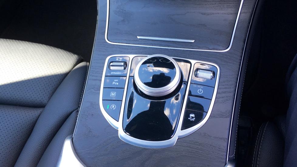 Mercedes-Benz GLC-Class GLC 220d 4Matic AMG Line Premium 5dr 9G-Tronic image 23