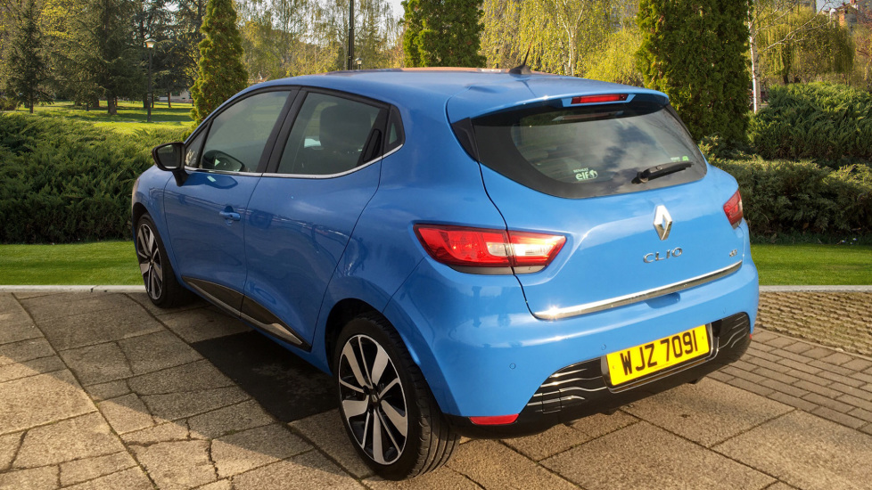 Renault Clio 1 5 dCi 90 Dynamique S MediaNav EDC Diesel Automatic 5 door  Hatchback (2014) available from Renault Bury