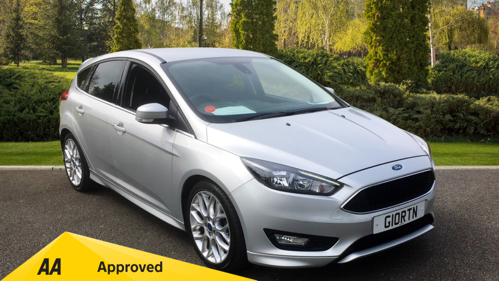 Ford Focus 1.0 EcoBoost 125 Zetec S 5dr with Ford SYNC2 DAB Navigation System Capability Hatchback (2015) image