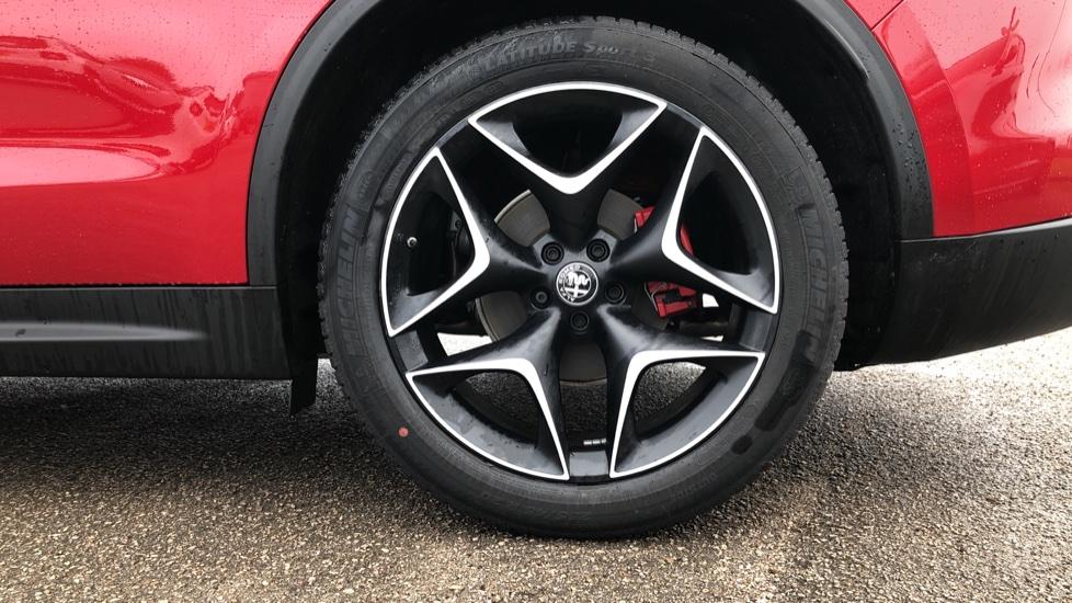 Alfa Romeo Stelvio 2.2 D 210 Ti 5dr image 5