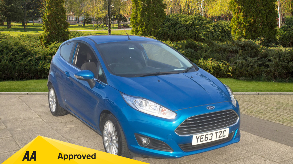 Ford Fiesta 1.0 EcoBoost 125 Titanium - Cruise Control, Bluetooth, Climate Control 3 door Hatchback (2014) at Preston Motor Park Fiat and Volvo thumbnail image