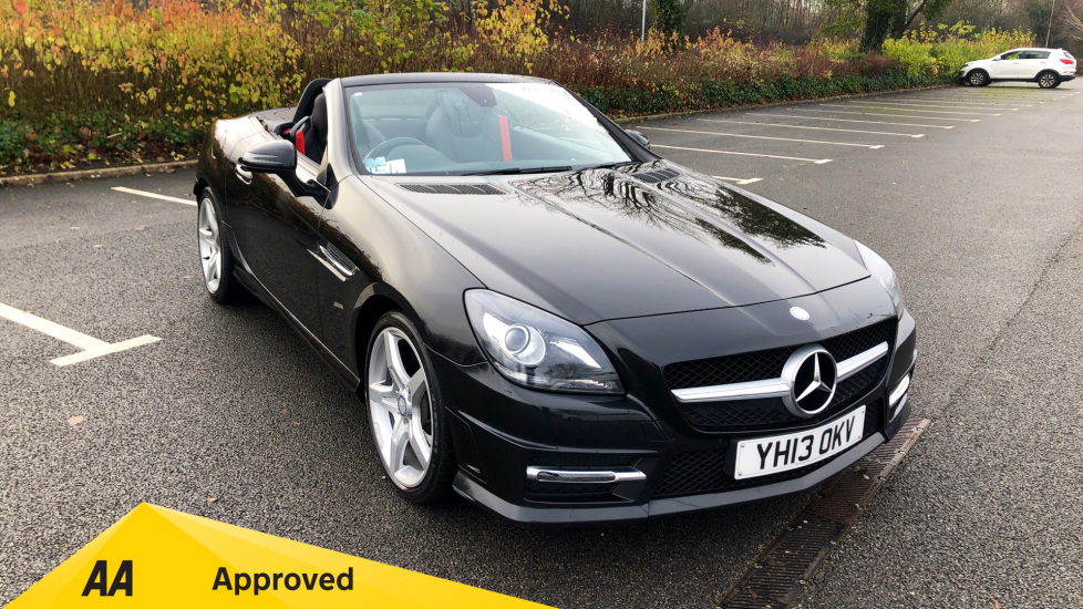 Mercedes-Benz SLK SLK 250 CDI BlueEFFICIENCY AMG Sport 2dr Tip with Leather Interiorand Bluetooth Connectivity 2.1 Diesel Automatic Roadster (2013) image