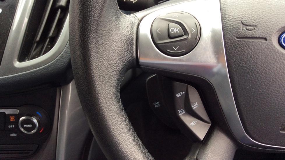 Ford Grand C-MAX 2.0 TDCi Titanium 5dr Powershift image 18