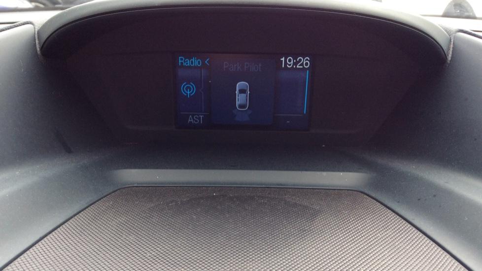 Ford Grand C-MAX 2.0 TDCi Titanium 5dr Powershift image 23