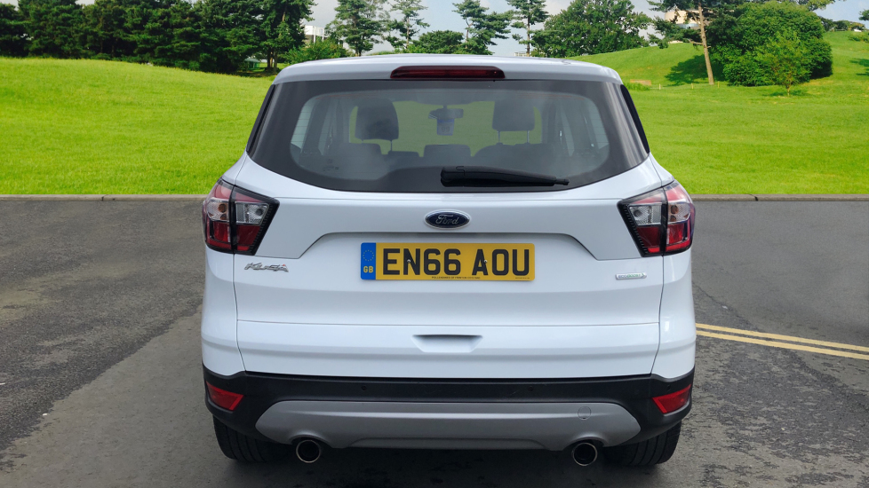 Ford Kuga 1.5 EcoBoost Zetec 2WD image 6