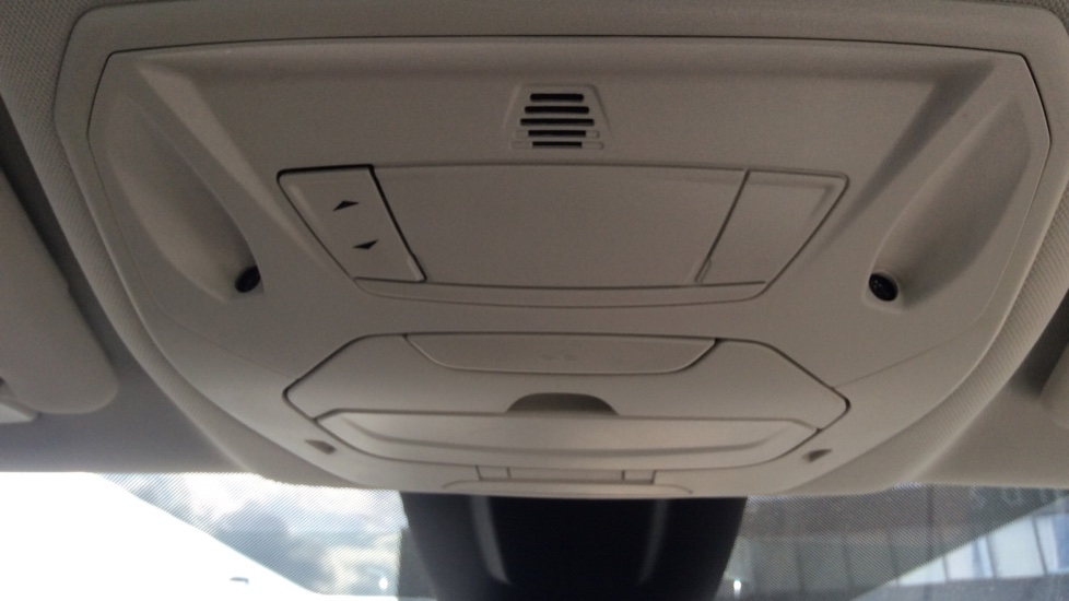 Ford C-MAX 1.5 TDCi Titanium X 5dr Powershift image 22