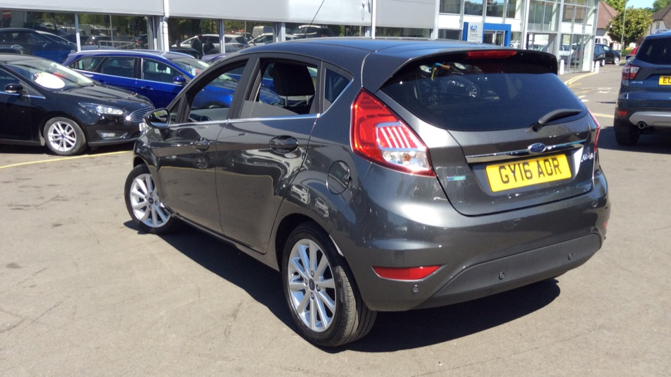 Ford Fiesta 1 0 Ecoboost Titanium Powershift Automatic 5 Door Hatchback 2016 Available From Renault Bury