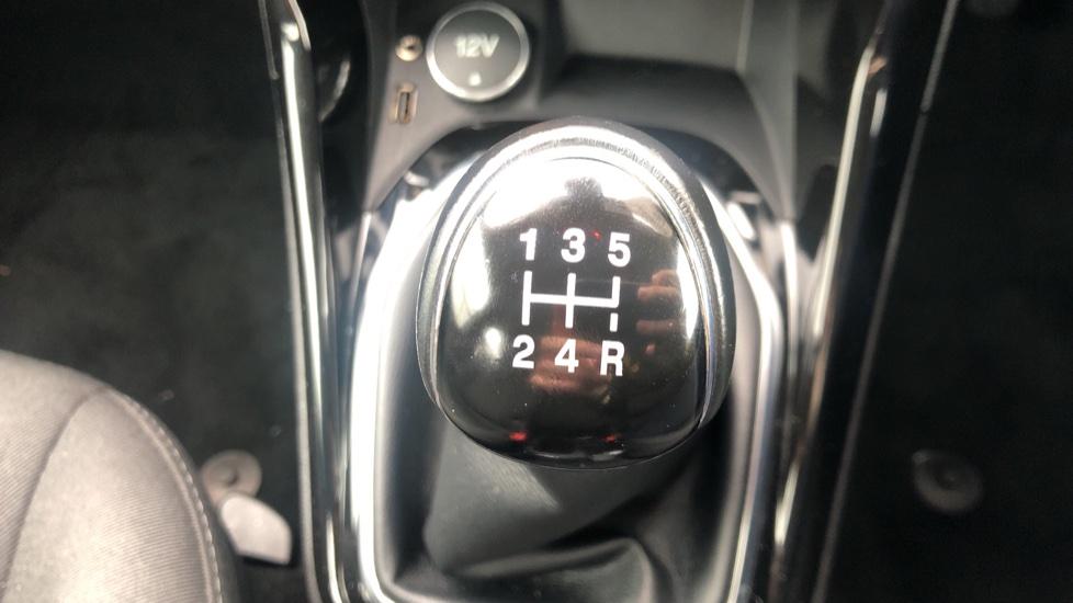 Ford B-MAX 1.0 EcoBoost Zetec Navigator 5dr  image 16