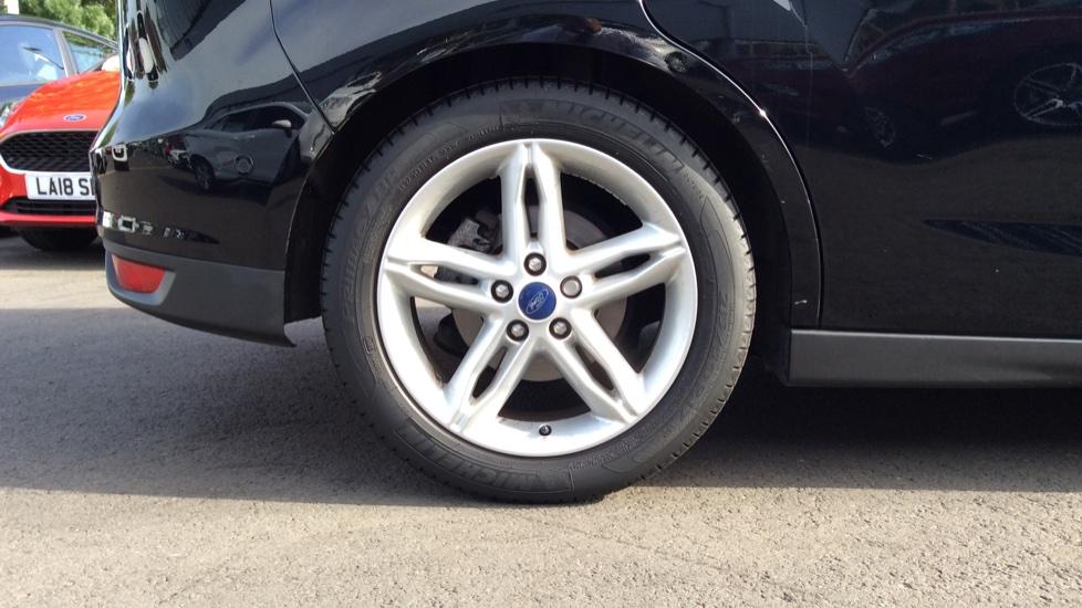 Ford C-MAX 1.5 TDCi Titanium X 5dr Powershift image 8