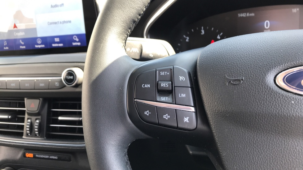 Ford Focus 1.5 EcoBlue 120ps Active 5dr image 18