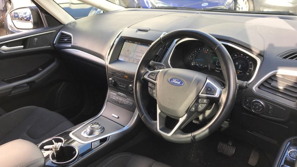 Ford S-MAX 2.0 EcoBlue 150ps Titanium 5dr [8 Speed] image 12