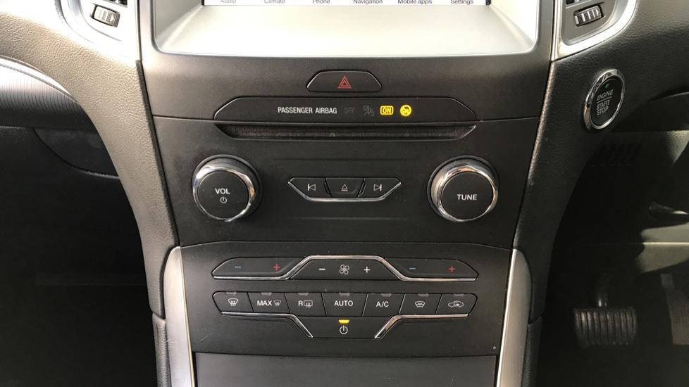 Ford S-MAX 2.0 EcoBlue 150ps Titanium 5dr [8 Speed] image 16