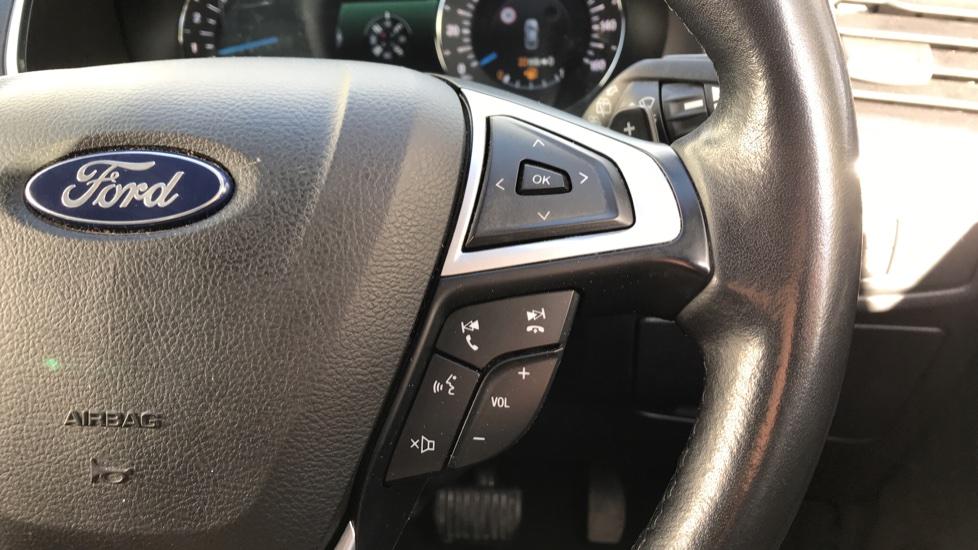 Ford S-MAX 2.0 EcoBlue 150ps Titanium 5dr [8 Speed] image 19