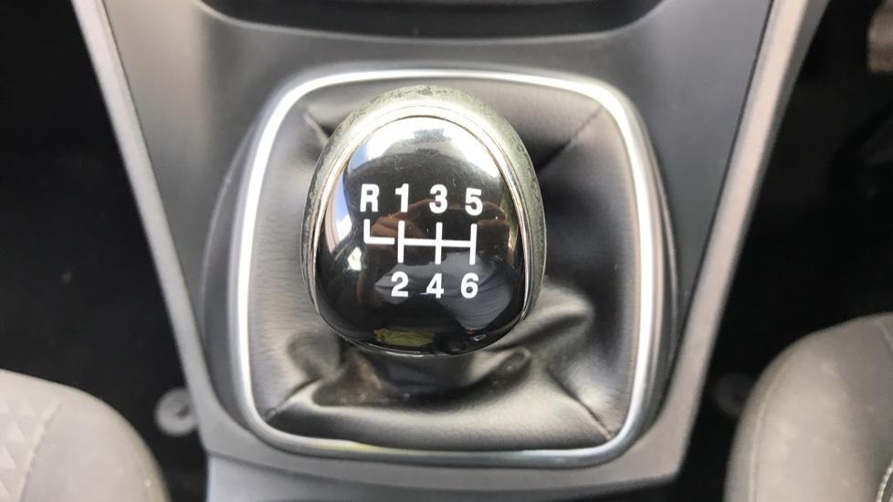 Ford Grand C-MAX 1.0 EcoBoost 125ps Zetec 5dr image 17