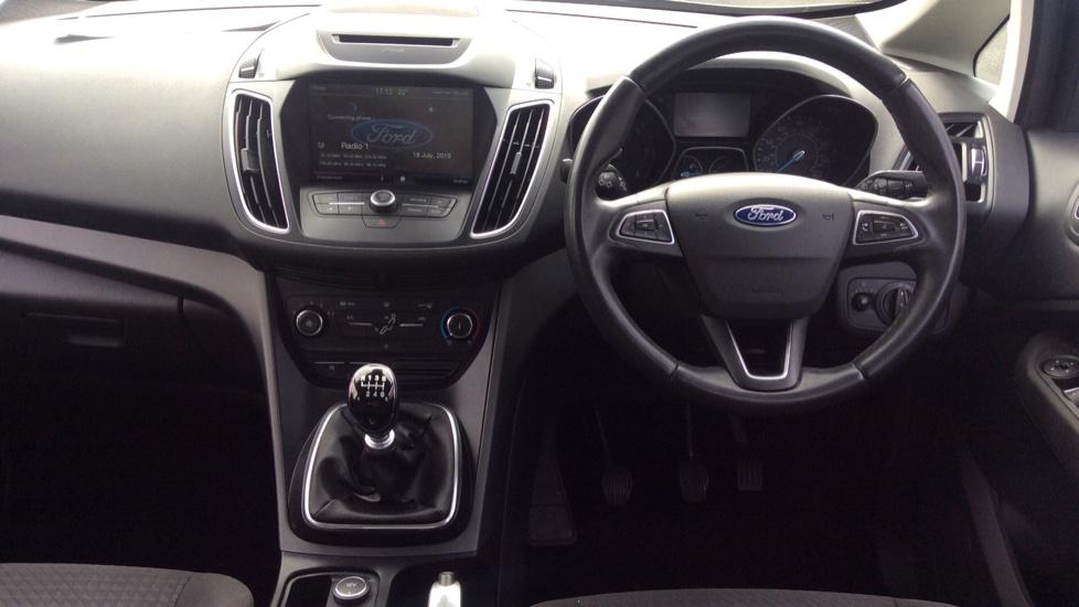 Ford Grand C-MAX 1.5 TDCi Zetec 5dr image 11