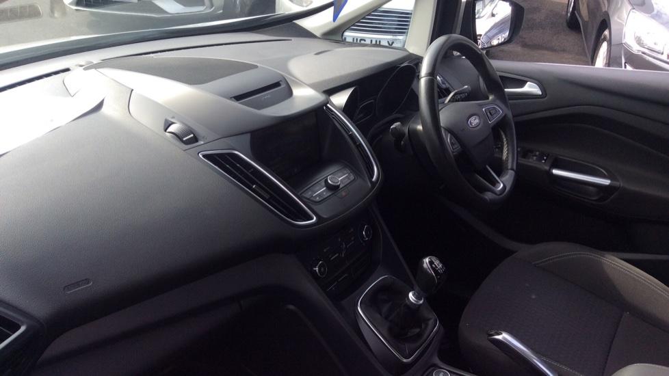 Ford Grand C-MAX 1.5 TDCi Zetec 5dr image 13