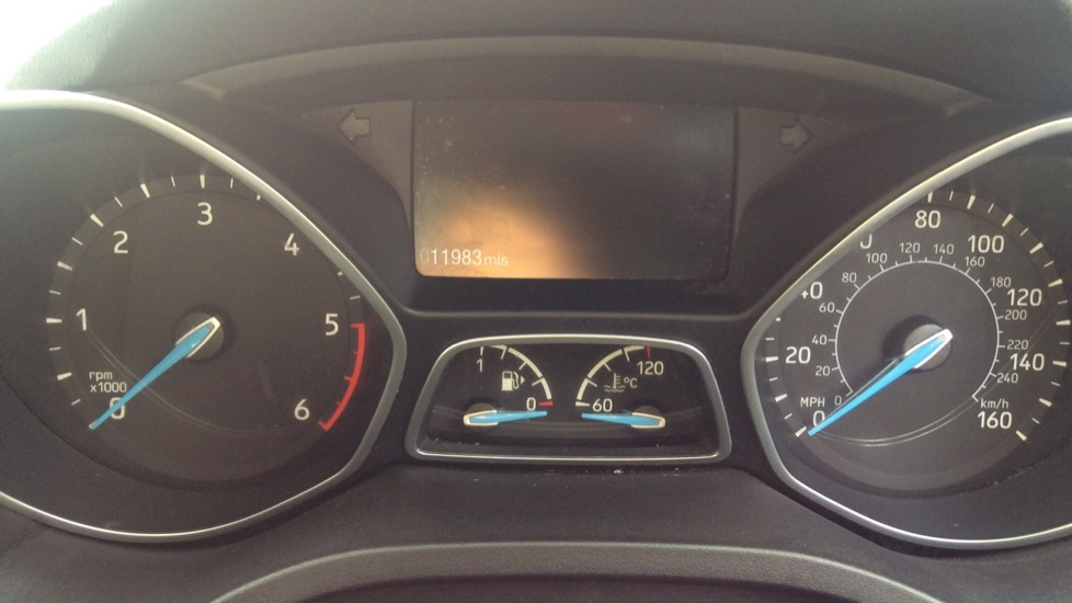 Ford Grand C-MAX 1.5 TDCi Zetec 5dr image 14