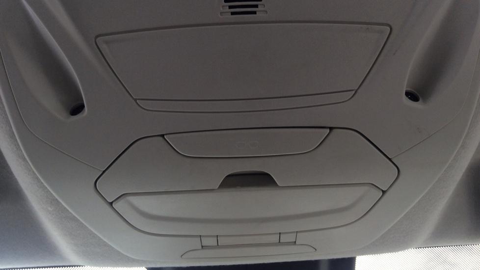 Ford Grand C-MAX 1.5 TDCi Zetec 5dr image 23