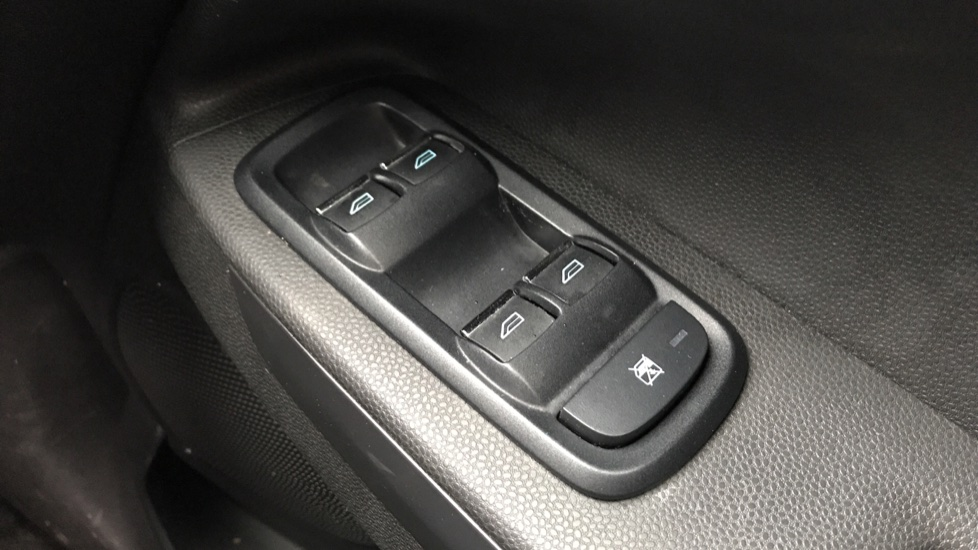 Ford EcoSport 1.5 Titanium 5dr Powershift [17in] image 20