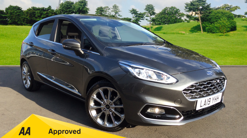 Ford Fiesta 1.0 EcoBoost Vignale Automatic 5 door Hatchback (2019) at Ford Croydon thumbnail image