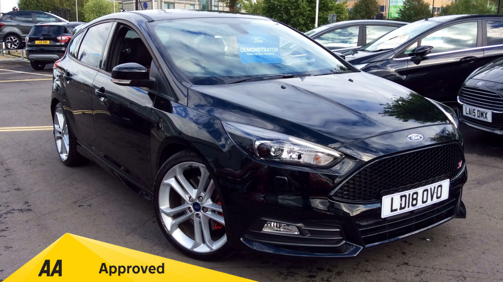 Ford Focus ST-3 2.0 EcoBoost 250PS S6 Petrol 6 Speed Manual 5 door Hatchback (2018) image