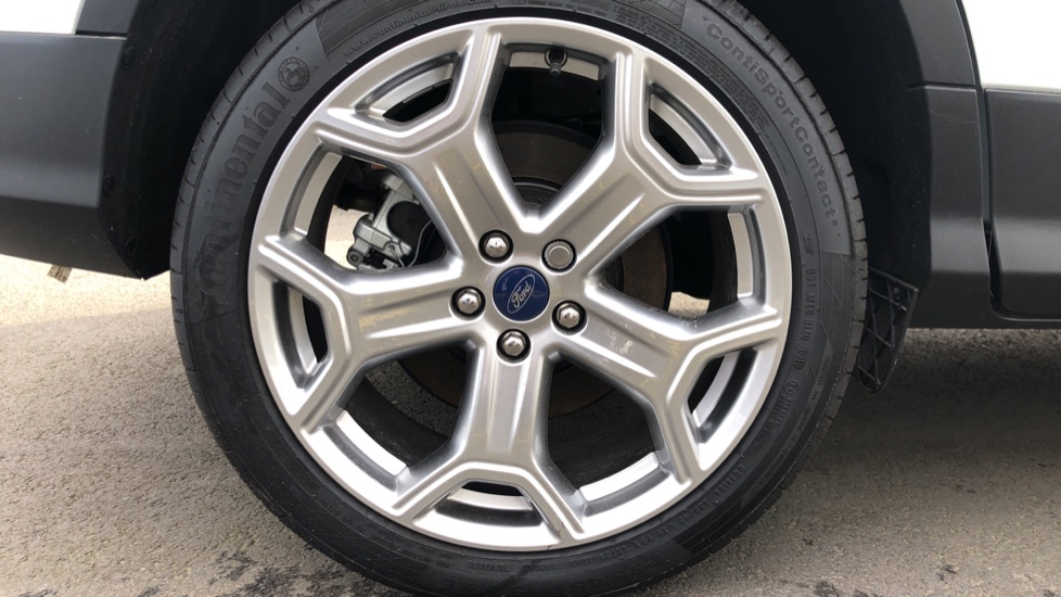 Ford Kuga 2.0 TDCi Titanium Edition 2WD image 8