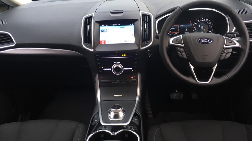 Ford S-MAX 2.0 EcoBlue 150 Titanium 5dr [8 Speed] image 11