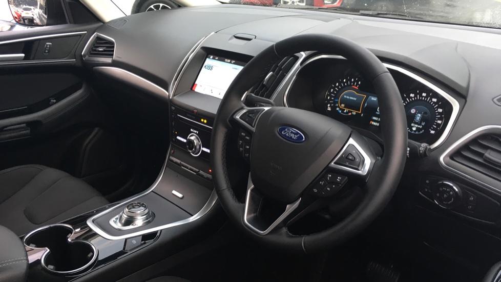 Ford S-MAX 2.0 EcoBlue 150 Titanium 5dr [8 Speed] image 12