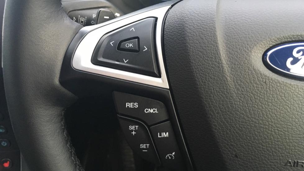 Ford S-MAX 2.0 EcoBlue 150 Titanium 5dr [8 Speed] image 18