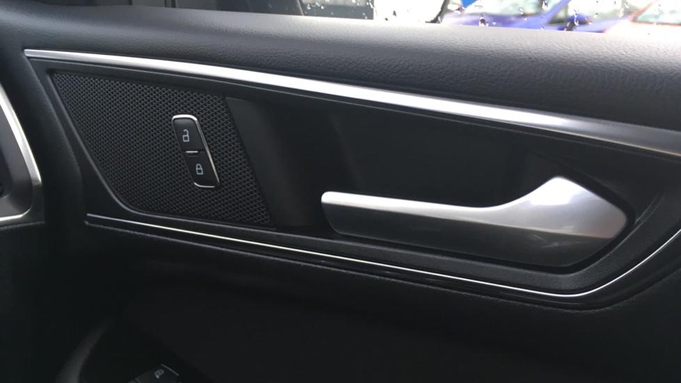 Ford S-MAX 2.0 EcoBlue 150 Titanium 5dr [8 Speed] image 22