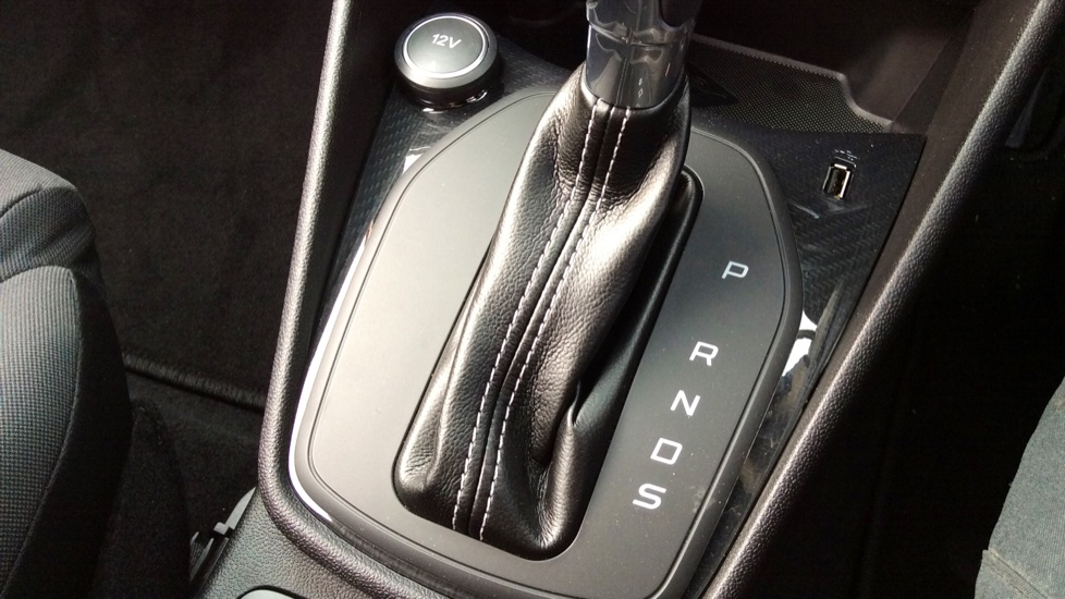 Ford Fiesta 1.0 EcoBoost ST-Line image 17