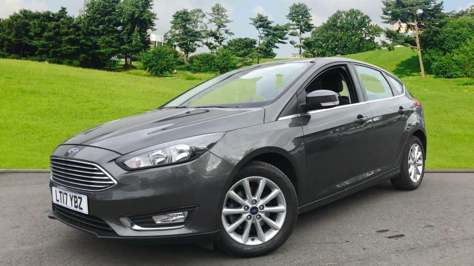Ford Focus 1.0 EcoBoost 100ps Titanium 5dr image 3 thumbnail