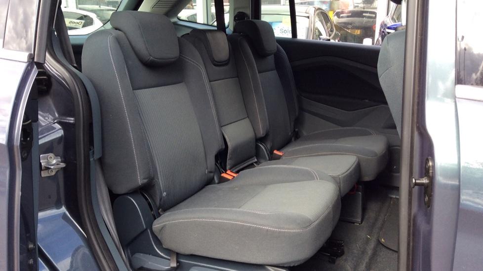 Ford Grand C-MAX 1.6 Titanium 5dr image 9