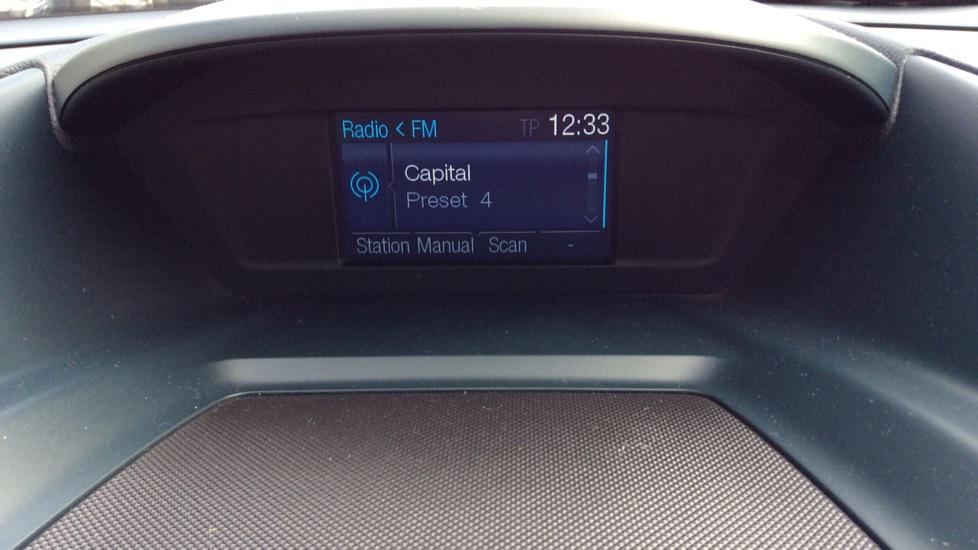 Ford Grand C-MAX 1.6 Titanium 5dr image 15