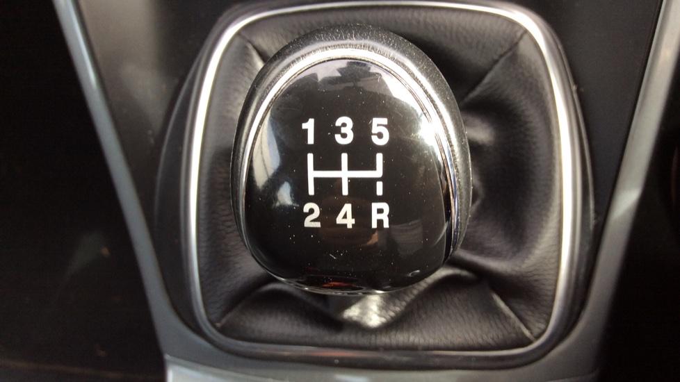 Ford Grand C-MAX 1.6 Titanium 5dr image 17