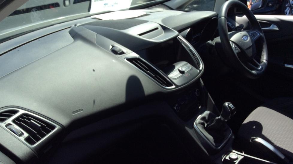 Ford C-MAX 1.6 125 Zetec 5dr image 13