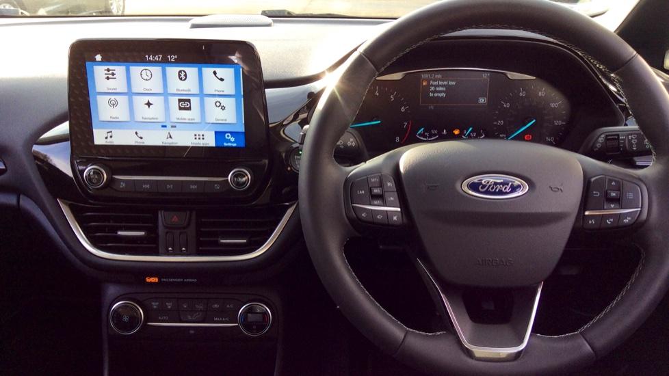Ford Fiesta 1.0 EcoBoost Titanium 5dr image 9