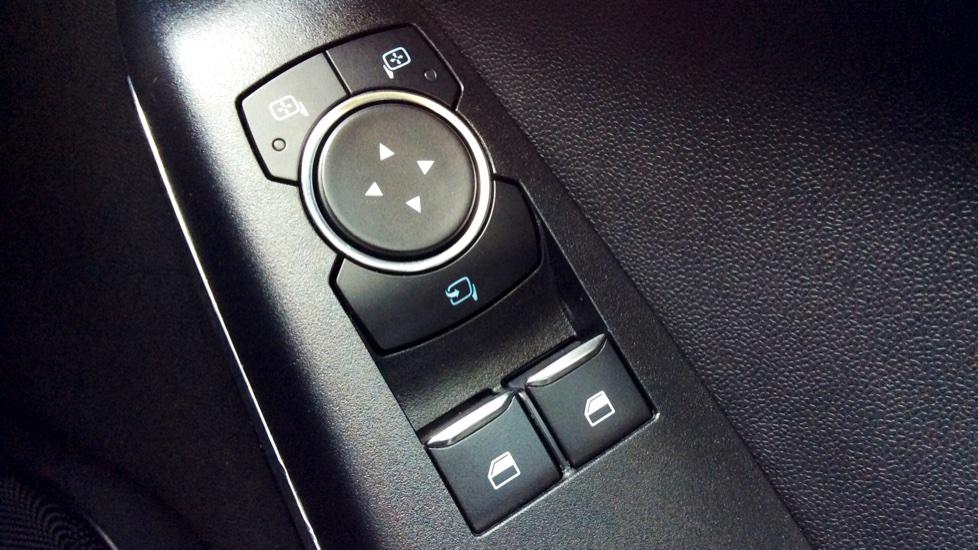 Ford Fiesta 1.0 EcoBoost Titanium 5dr image 17