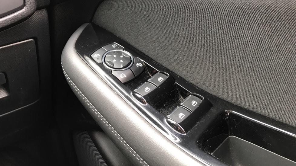 Ford S-MAX 2.0 TDCi 150ps Titanium 5dr Powershift image 20