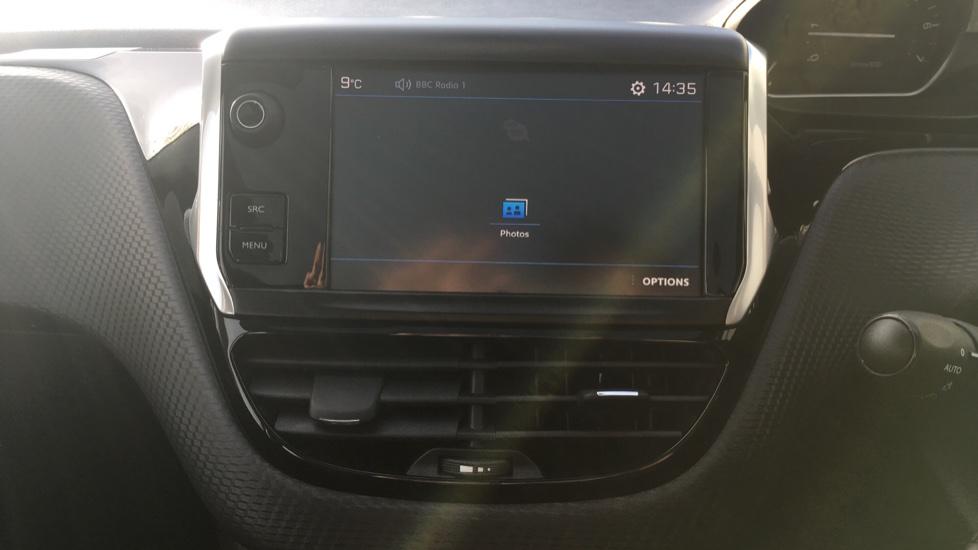 Peugeot 208 1.2 PureTech Allure Premium 5dr image 15